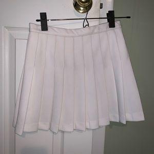 Dresses & Skirts - White pleated skirt